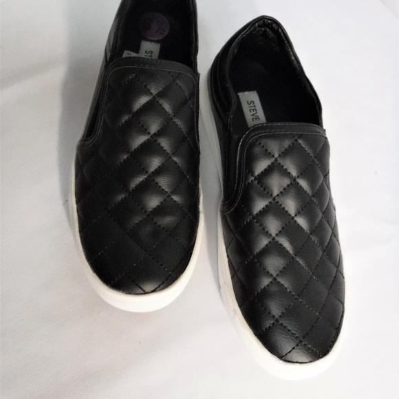 0d7b48985c958 Steve Madden ELLEN Black Quilt Pattern Shoe S 6.5